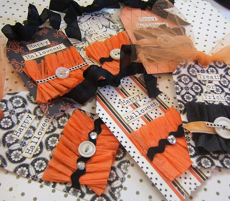 Books halloween cards 011