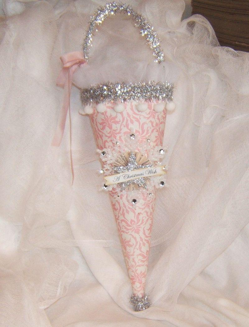 Ornaments 2008 009